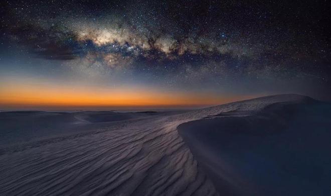 Nóng bức ban ngày, lạnh âm độ ban đêm: Vì sao nhiệt độ trên sa mạc lại biến đổi khôn lường tới vậy?