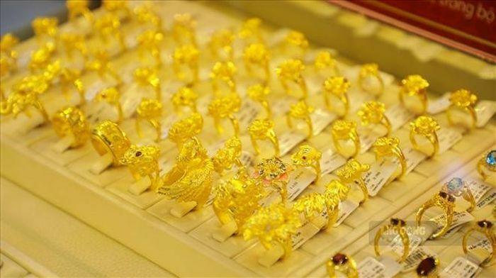 Khai xuân Tân Sửu, giá vàng SJC sụt giảm trước ngày vía Thần Tài