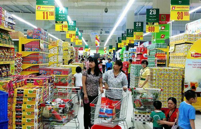 Loạt siêu thị Hà Nội và TP.HCM tăng thời gian mở cửa phục vụ xuyên Tết