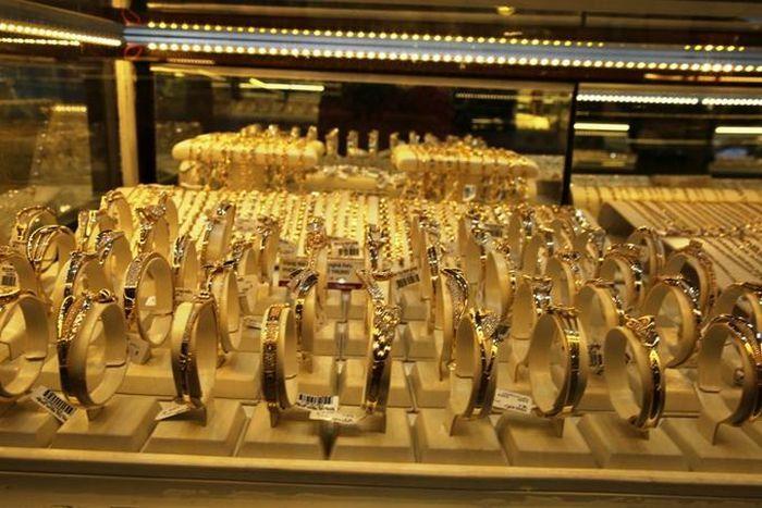 Ngày vía Thần tài: Giá vàng giảm, lượng mua trực tuyến tăng