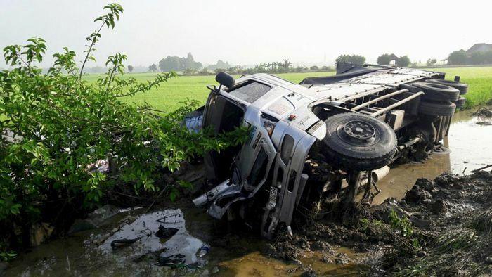 Liên tiếp xảy ra các vụ TNGT chết người tại Vĩnh Long, Bạc Liêu