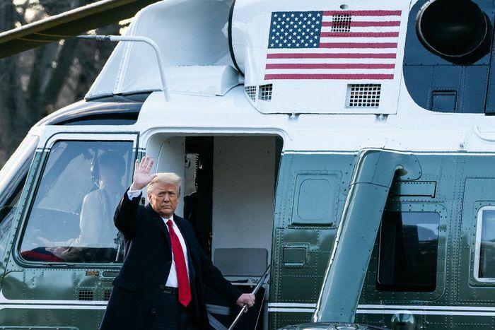 Ông Trump sắp nộp bản bào chữa đầu tiên lên Thượng viện