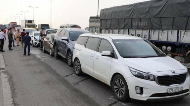 Lưu lượng xe qua cầu Thanh Trì gấp 8 lần thiết kế, giảm ùn tắc và tai nạn như thế nào?
