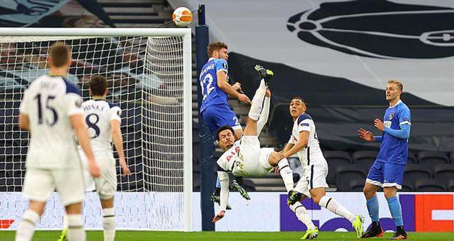 "Mourinho bị chế nhạo khi Dele Alli lập ""siêu phẩm"" cho Tottenham"