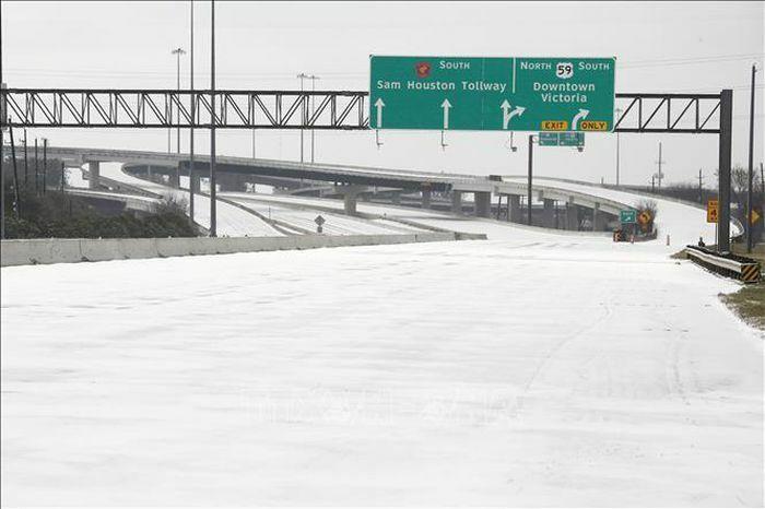 Khủng hoảng bão tuyết – hồi chuông báo động cho toàn mạng lưới điện nước Mỹ