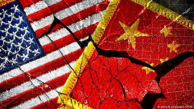 Ông Joe Biden sắp có biện pháp quyết liệt hơn dằn mặt công nghệ Trung Quốc?