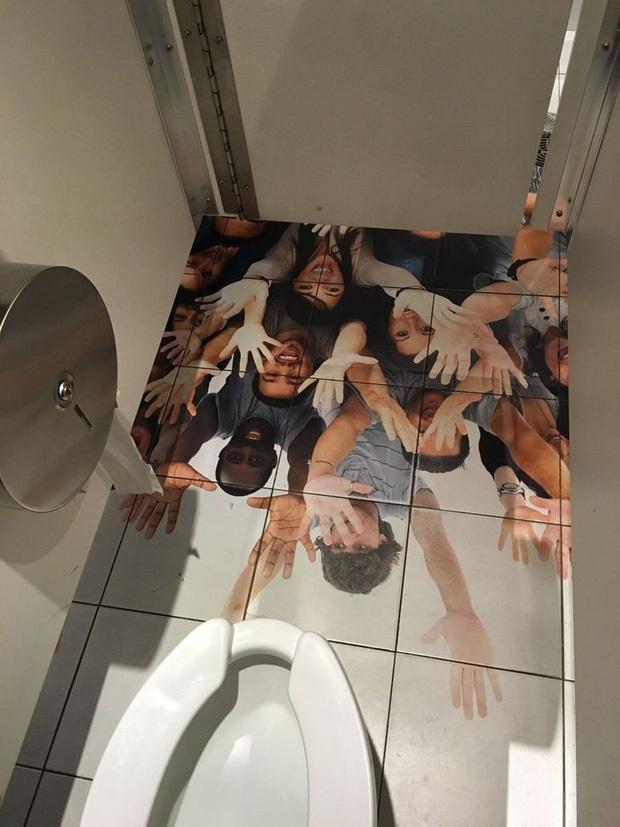 20 nhà vệ sinh khiến người dùng giận tím người, càng nghĩ càng… thù ông thiết kế