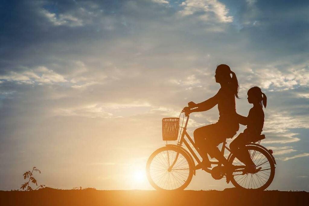 """""""Hai thế giới"""" giữa con gái tuổi teen và mẹ, làm sao tìm được tiếng nói chung?"""