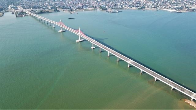 Cầu gần 1.000 tỷ nối Nghệ An – Hà Tĩnh cho phép một số xe lưu thông dịp Tết