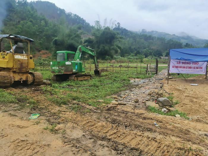 Hồi sinh làng mới ở Trà Leng