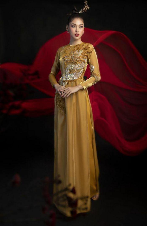 """Hé lộ quốc phục """"Lá ngọc cành vàng"""" Á hậu Ngọc Thảo mang đến Miss Grand International"""