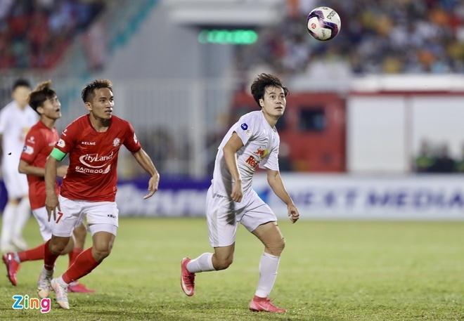 HAGL 1-0 CLB TP.HCM: Lee Nguyễn gây thất vọng
