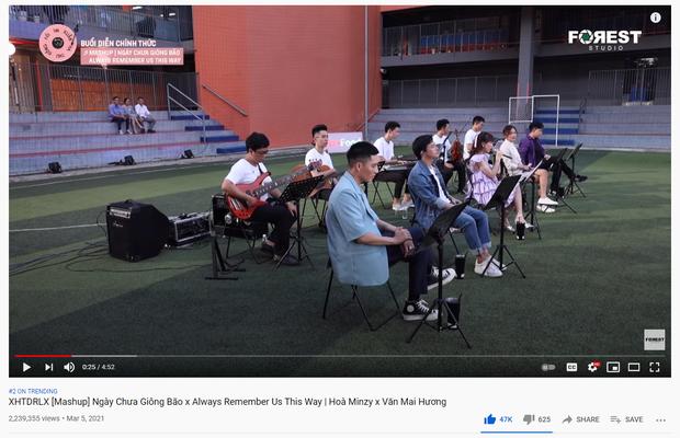 """Bản mashup của Văn Mai Hương và Hòa Minzy """"gây bão"""" MXH, lăm le top 1 trending nhưng ai """"nhỉnh"""" hơn ai?"""