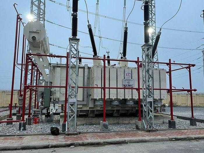 Đóng điện máy biến áp thứ 2 TBA 220kV Quang Châu