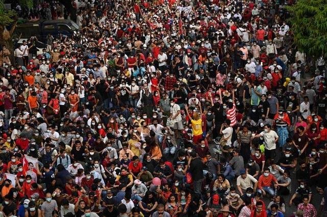 Hai người bị bắn chết, số người biểu tình thiệt mạng ở Myanmar tăng lên 80