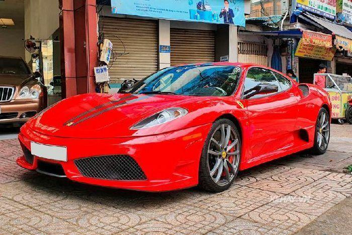 """Siêu xe Ferrari F430 Scuderia """"""""hàng hiếm"""" lên sàn xe cũ Sài Gòn"""