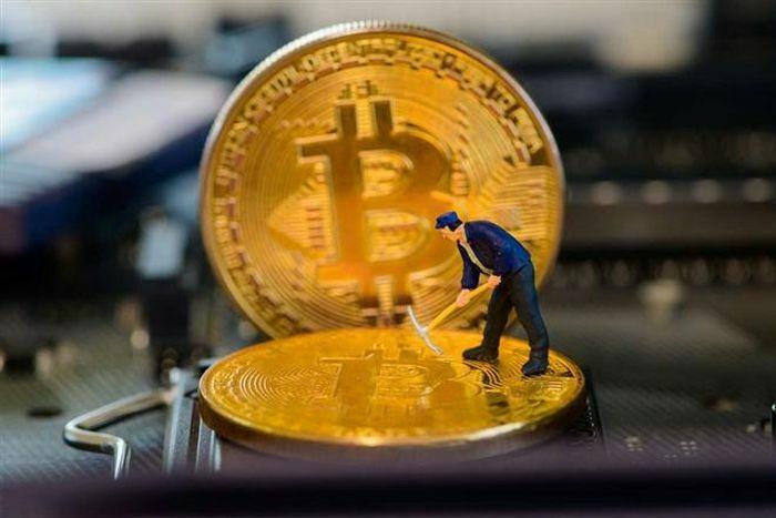 Giá Bitcoin hôm nay 8/3: Bitcoin lại phá mốc 50.000 USD