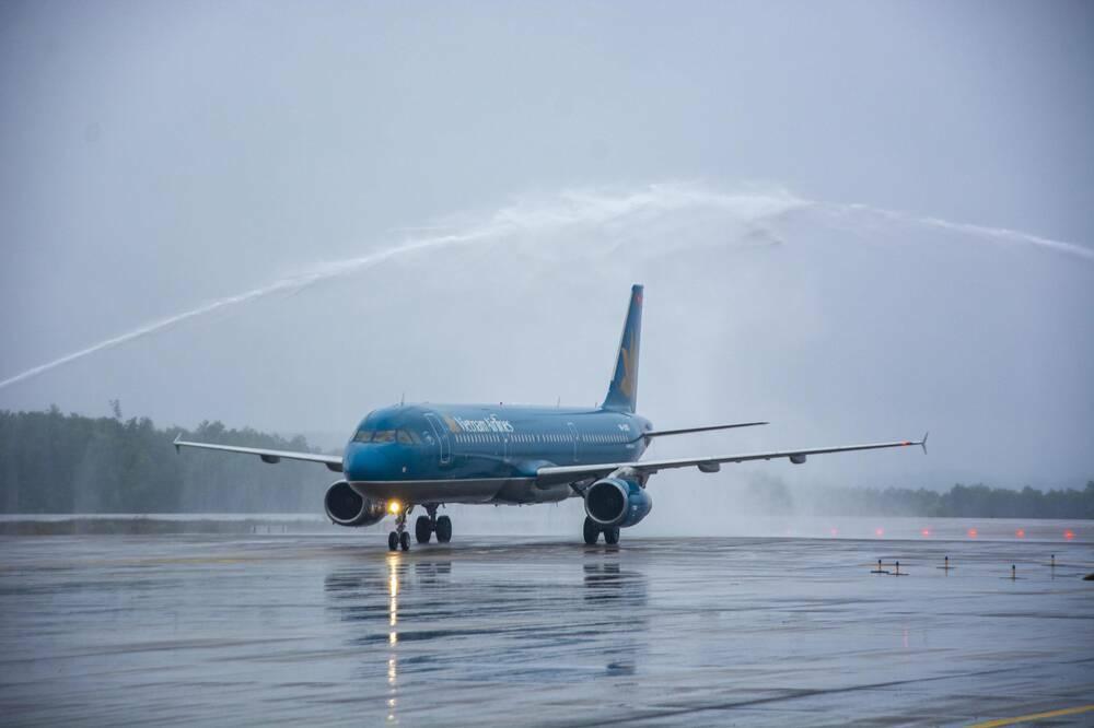 Sau hơn 1 tháng đóng cửa phòng dịch, sân bay Vân Đồn chính thức hoạt động trở lại từ 3/3