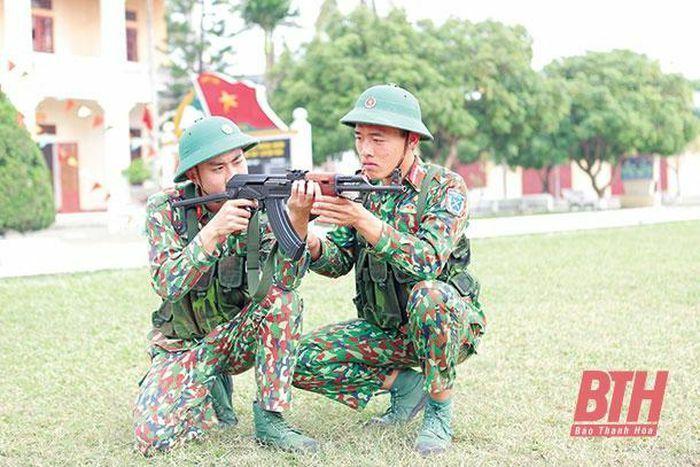 Thực hiện đồng bộ các giải pháp nâng cao chất lượng công tác sẵn sàng chiến đấu bảo vệ Tổ quốc