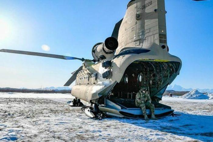"""NATO """"ra đòn hiểm"""" xây dựng căn cứ quân sự ở Bắc Cực?"""
