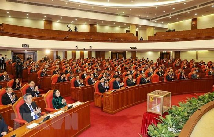 Phiên bế mạc Hội nghị lần thứ hai BCH Trung ương Đảng khóa XIII