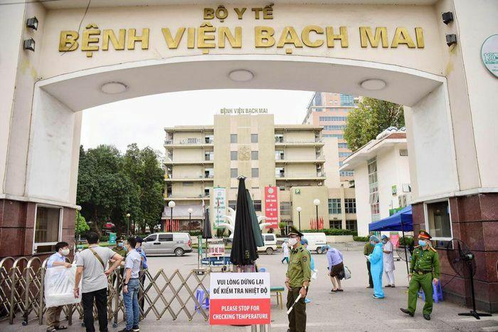 Bộ Y tế yêu cầu Bệnh viện Bạch Mai dừng tăng giá khám, chữa bệnh