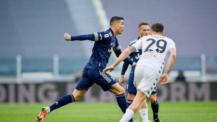 Bảng xếp hạng Serie A 2020/21 mới nhất: Juventus thua đội sắp xuống hạng, Inter tiến gần ngôi vương