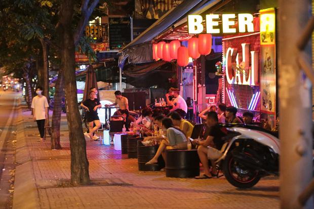 TP.HCM: Cho phép gym, beer club,… hoạt động trở lại, vũ trường, quán bar, karaoke tiếp tục dừng