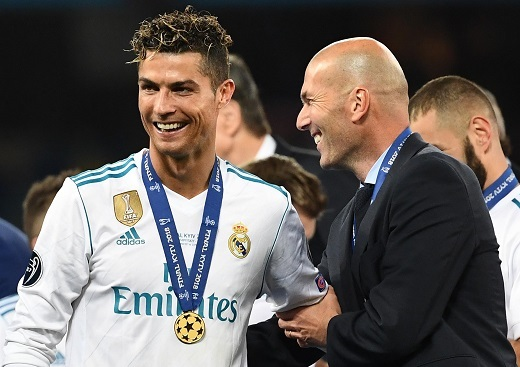 Zidane nói gì về tin đồn CR7 trở lại Real Madrid?