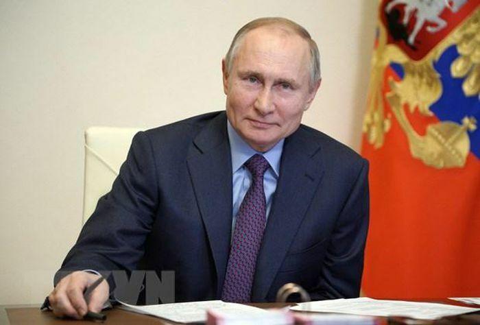 Điện Kremlin: Tổng thống Putin tiêm vaccine làm gương cho người dân