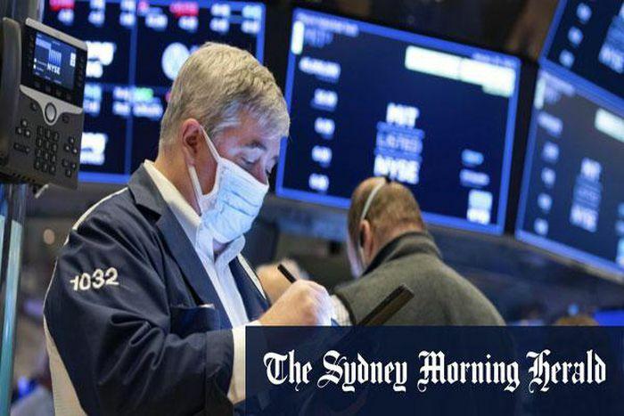 Chứng khoán Mỹ: FED giải tỏa lo ngại về lạm phát, Dow Jones lần đầu vượt ngưỡng 33.000 điểm