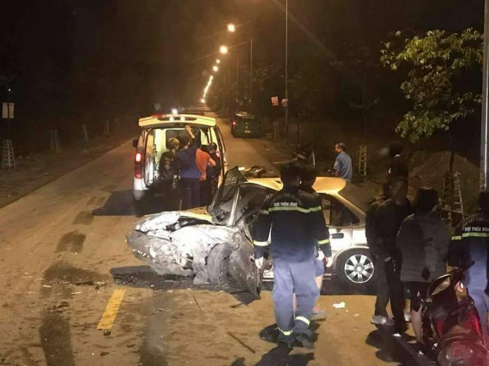 Ô tô đối đầu kinh hoàng trên đường 35m, 1 người tử vong tại bệnh viện