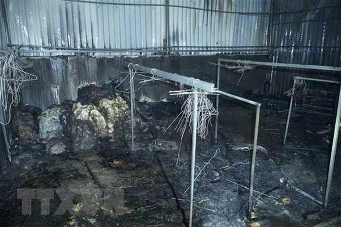 Điện Biên: Cháy lớn thiêu rụi hoàn toàn nhiều kiốt ở Chợ Noong Bua