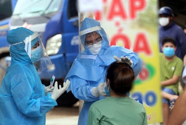 Thêm 6 ca mắc mới Covid-19, Việt Nam đã sẵn sàng tiêm vắc xin