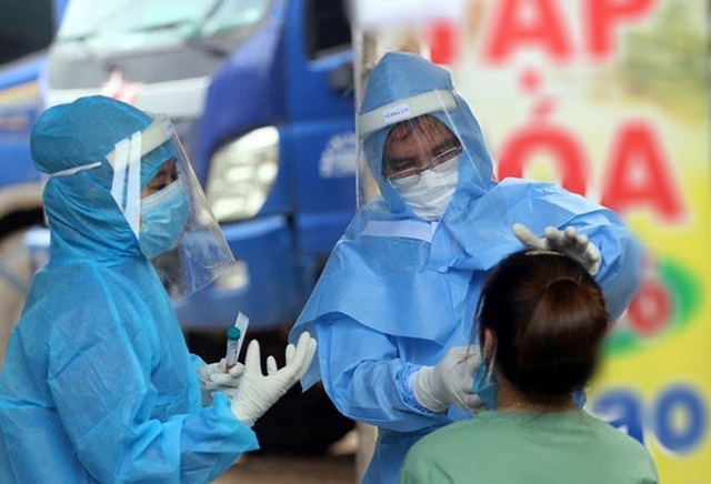 Hà Nội mua hơn 15 triệu liều vắc xin, tiêm cho cả người vãng lai