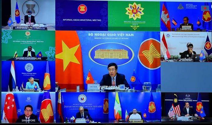 ASEAN họp bàn tình hình Myanmar: Phó Thủ tướng Phạm Bình Minh phát biểu
