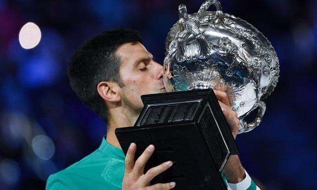 """Novak Djokovic đặt mục tiêu sớm """"vượt mặt"""" Serena Williams"""
