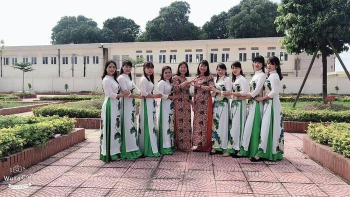 """Nữ công nhân viên chức lao động huyện Phú Xuyên tích cực hưởng ứng """"Tuần lễ áo dài"""""""
