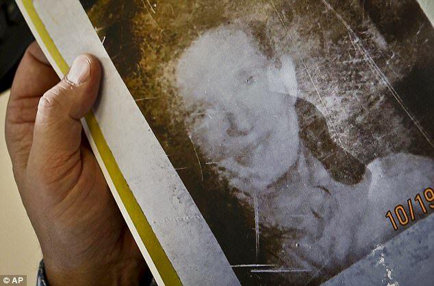 42 năm mất tích không để lại dấu vết, người phụ nữ bất ngờ xuất hiện ở nơi không ai ngờ, thốt lên vài từ khiến mọi người sững sờ