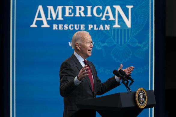 """Trung Quốc gọi gói cứu trợ của ông Biden là """"hồng thủy mãnh thú"""""""