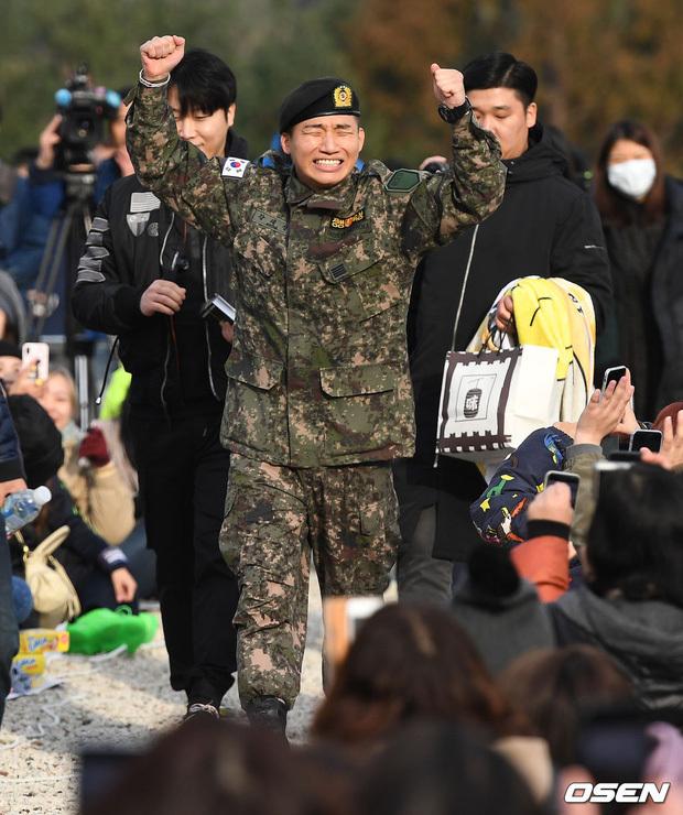 """Daesung (BIGBANG) mở kênh YouTube cả năm trời, Taeyang """"tung hint"""" suốt ngày mà fan chẳng thèm tin, giờ biết mới """"ngã ngửa"""""""