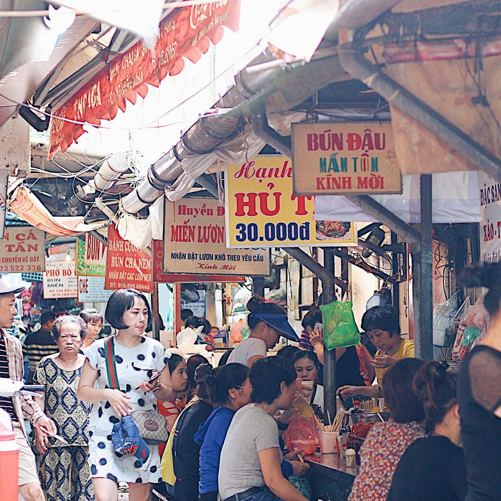 Sài Gòn gửi Hà Nội: Cách nhau 2 giờ bay và nỗi nhớ đôi khi được định nghĩa bằng rất nhiều món ăn