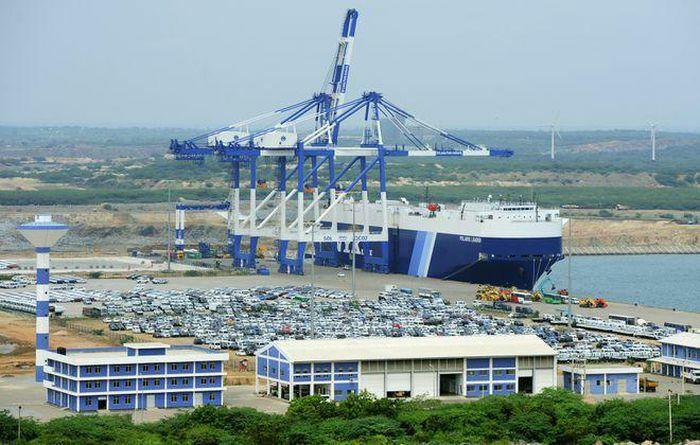Sri Lanka bác tin cho Trung Quốc thuê cảng thêm 99 năm