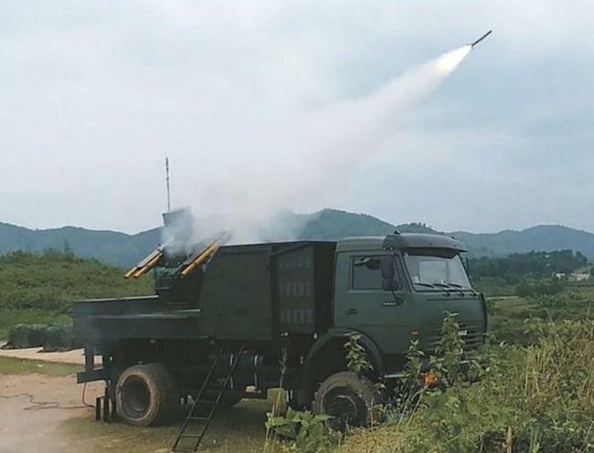 """Báo Nga nói gì về hệ thống phòng không A-72 """"made in Việt Nam""""?"""