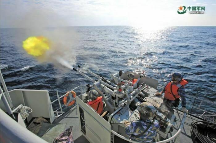 Trung Quốc tập trận ở Biển Đông, cấm tàu thuyền ra vào khu vực