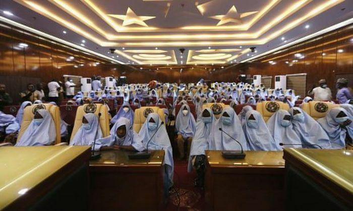 Giải cứu thành công gần 300 nữ sinh Nigeria