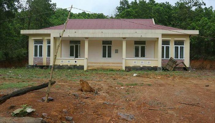 Xây dựng điểm trường mới tiền tỷ rồi… bỏ hoang