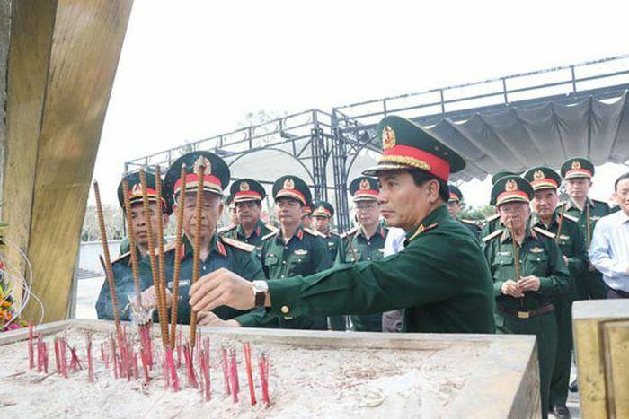 CHIẾN THẮNG ĐƯỜNG 9 – NAM LÀO 1971: Biểu trưng tinh thần đoàn kết Việt – Lào