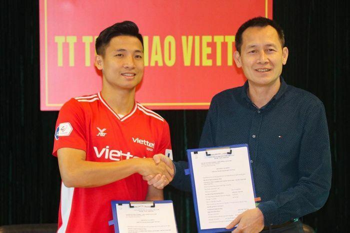 Bùi Tiến Dũng ký hợp đồng dài hạn với CLB Viettel