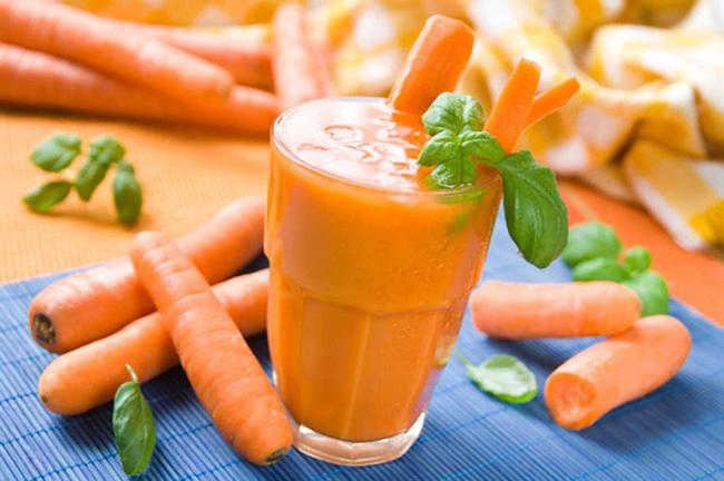 """Cà rốt giúp mắt sáng, dáng thon và ngừa ung thư nhưng nếu có 4 dấu hiệu này thì cần ngừng ăn kẻo """"ôm họa"""""""